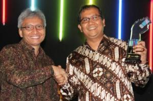 INDOSAT RAIH THE BEST OPERATOR GSM 2009